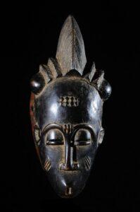Masque Baoulé, bois, Côte d'Ivoire, vers 1980-1990. Hauteur : 26 cm, poids 324gr Galerie Bruno Mignot